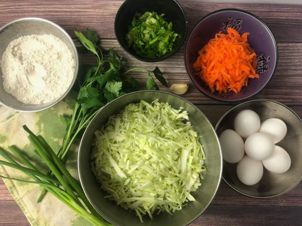 ingredients to make cabbage vegetable fritter