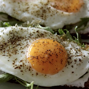 sunny side up egg from best single egg frying pan