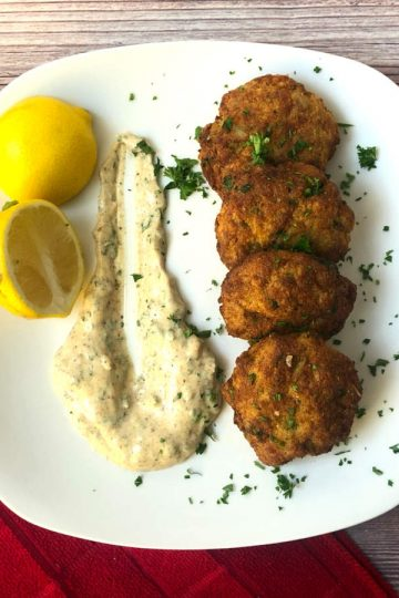 air fried crab cakes with old bay sauce