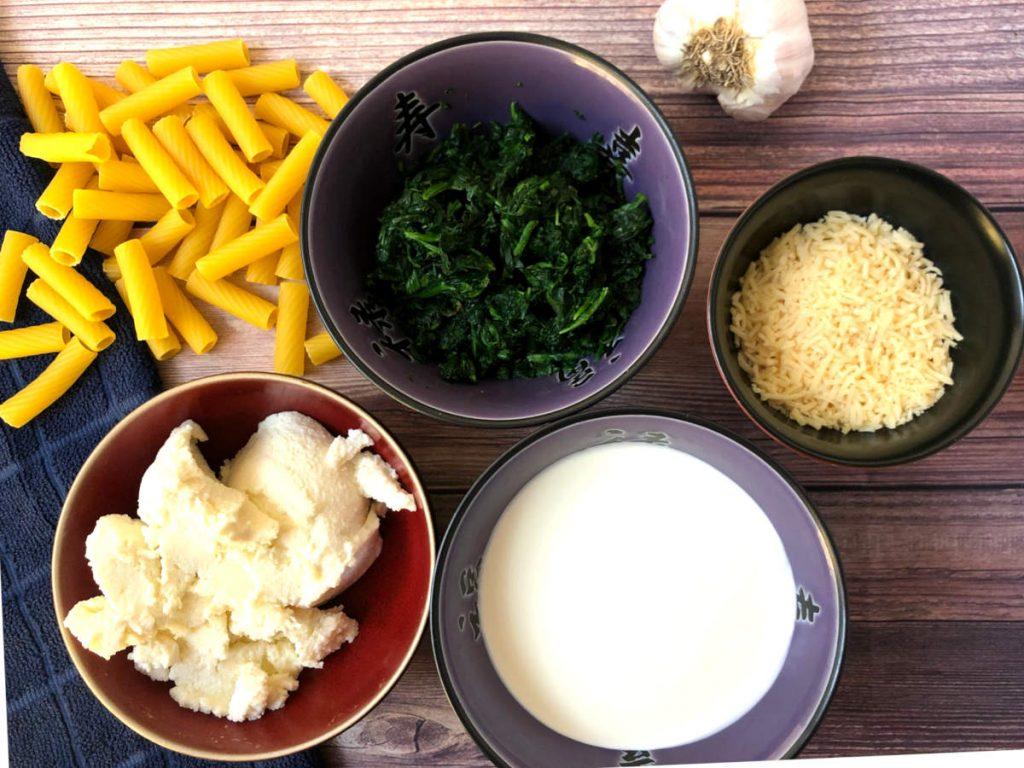 rigatoni with ricotta, spinach, cream, garlic, and parmesan